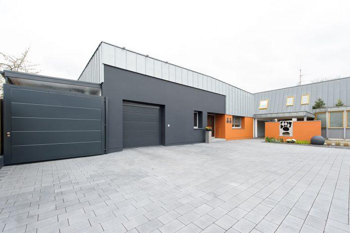 Industriehalle zu Wohnhaus umgestaltet