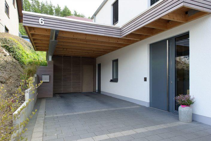 Holzrahmenhaus und Carport Bürger