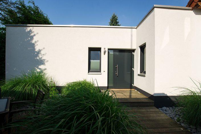 Eingang Anbau in Holzrahmenbauweise als Wohnraumerweiterung