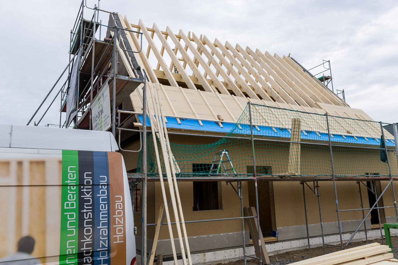Montage der Dachsparren